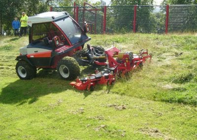 Reform Metrac Mowers